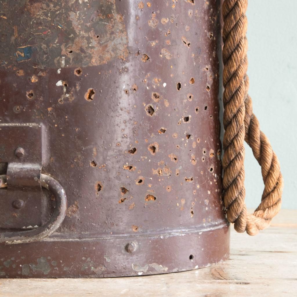 First World War shell carrying case,-110925