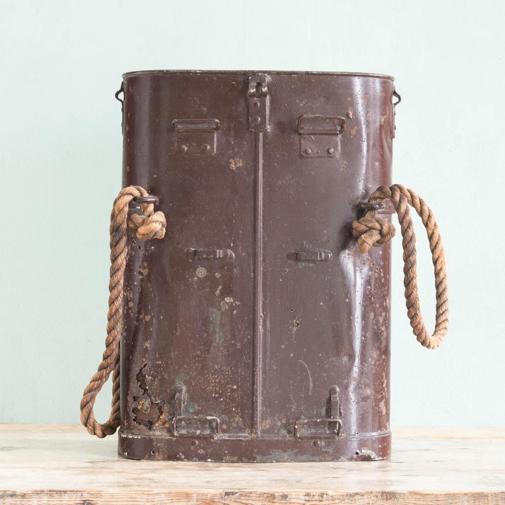 First World War shell carrying case,-110927