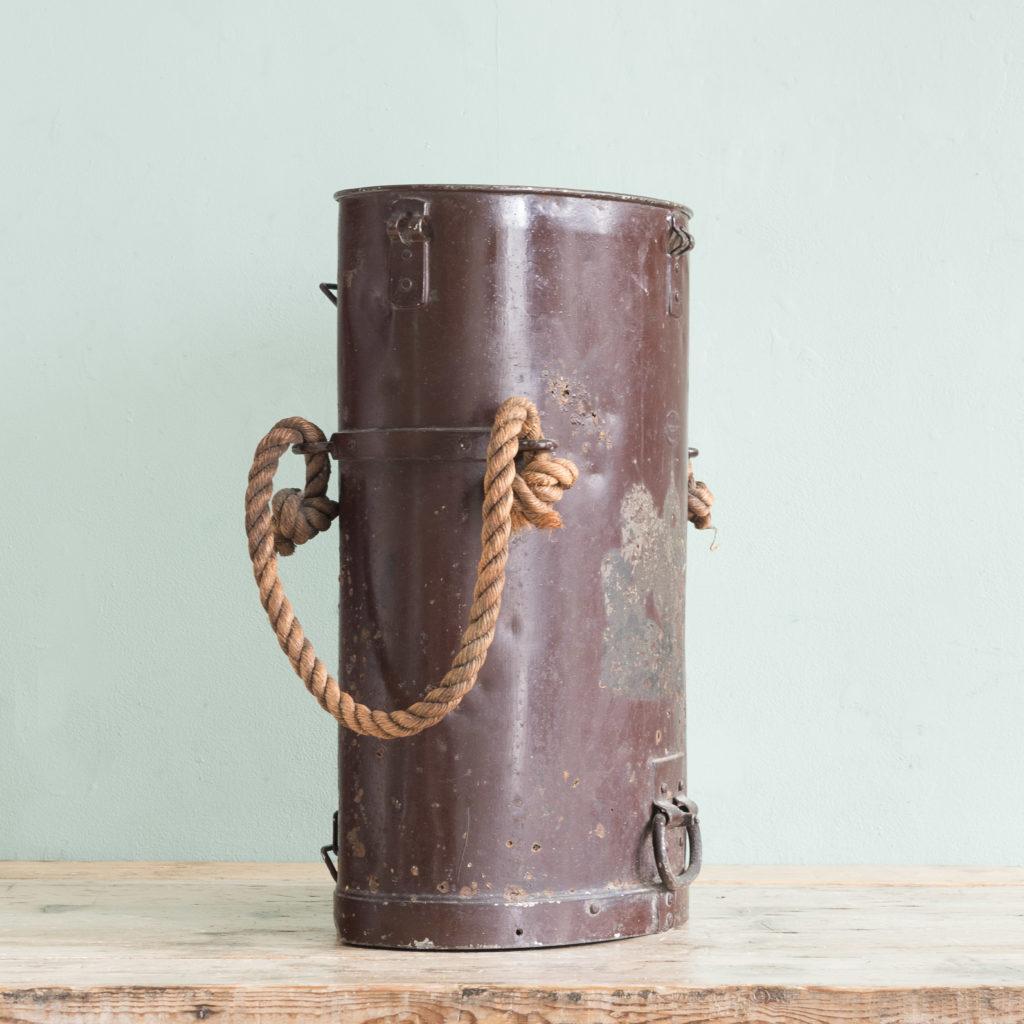 First World War shell carrying case,-110924