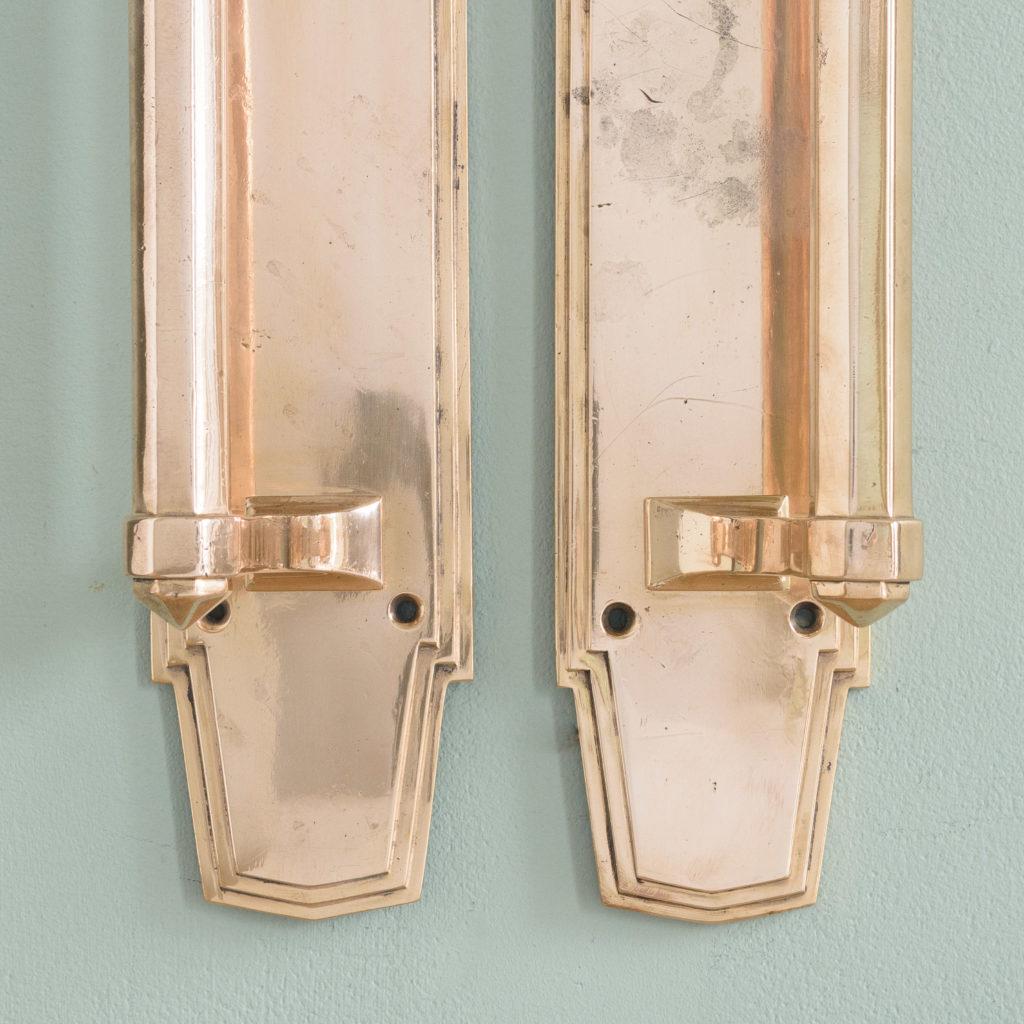 An Art Deco door pull,-110735