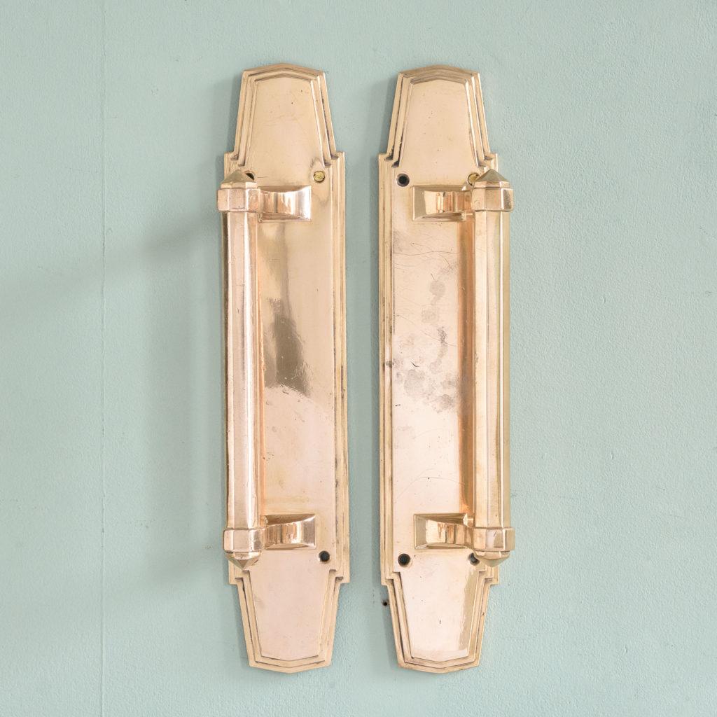 An Art Deco door pull,-0