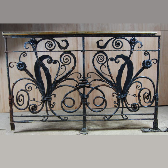 Scrollwork balcony panel - reverse