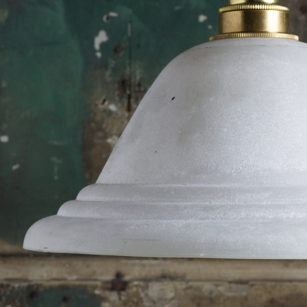 Moulded glass pendant lights,-112096