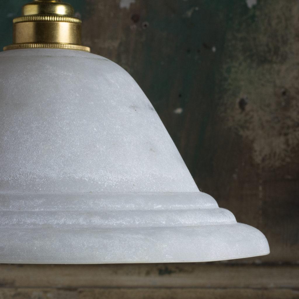 Moulded glass pendant lights,-112098
