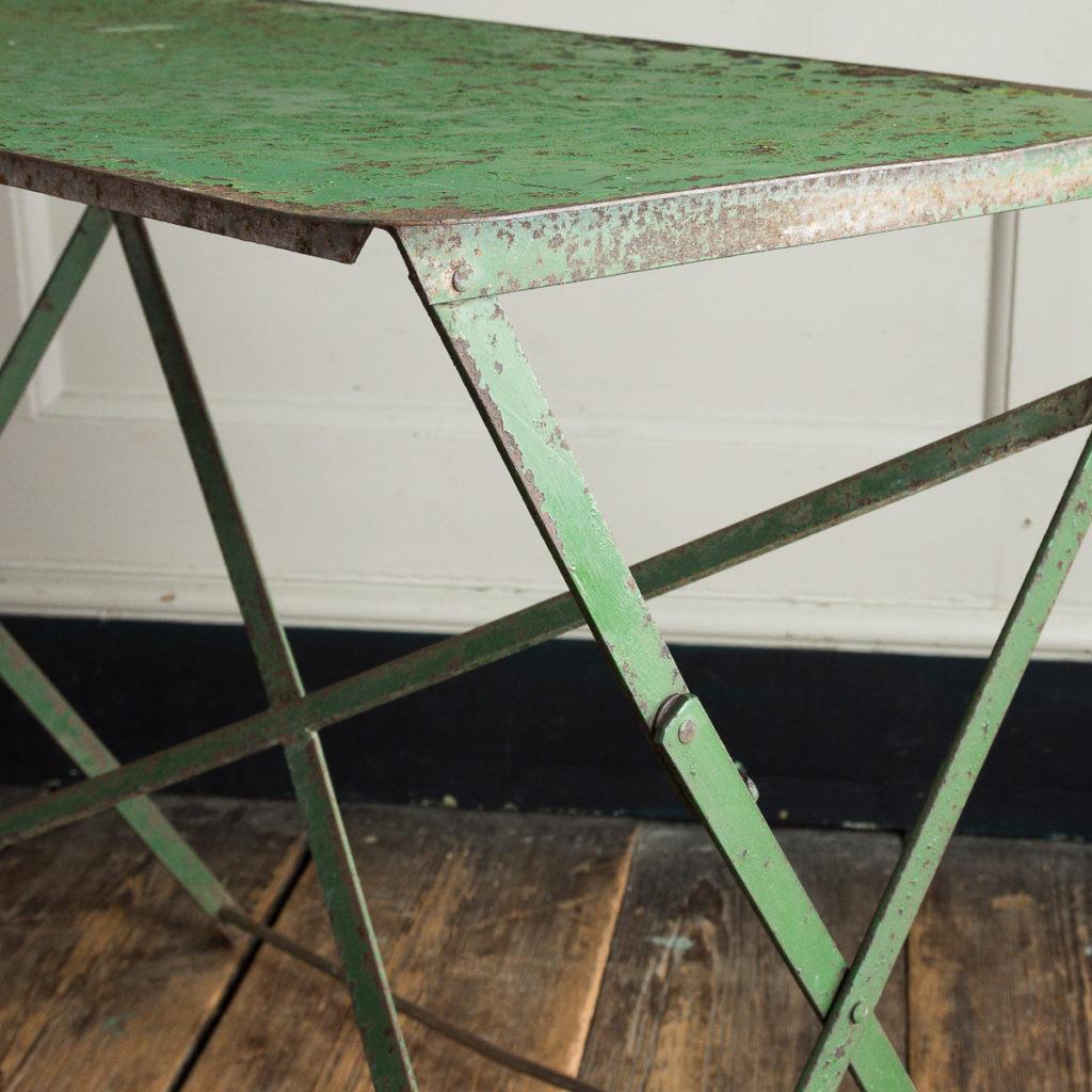 Twentieth century garden table,-111535