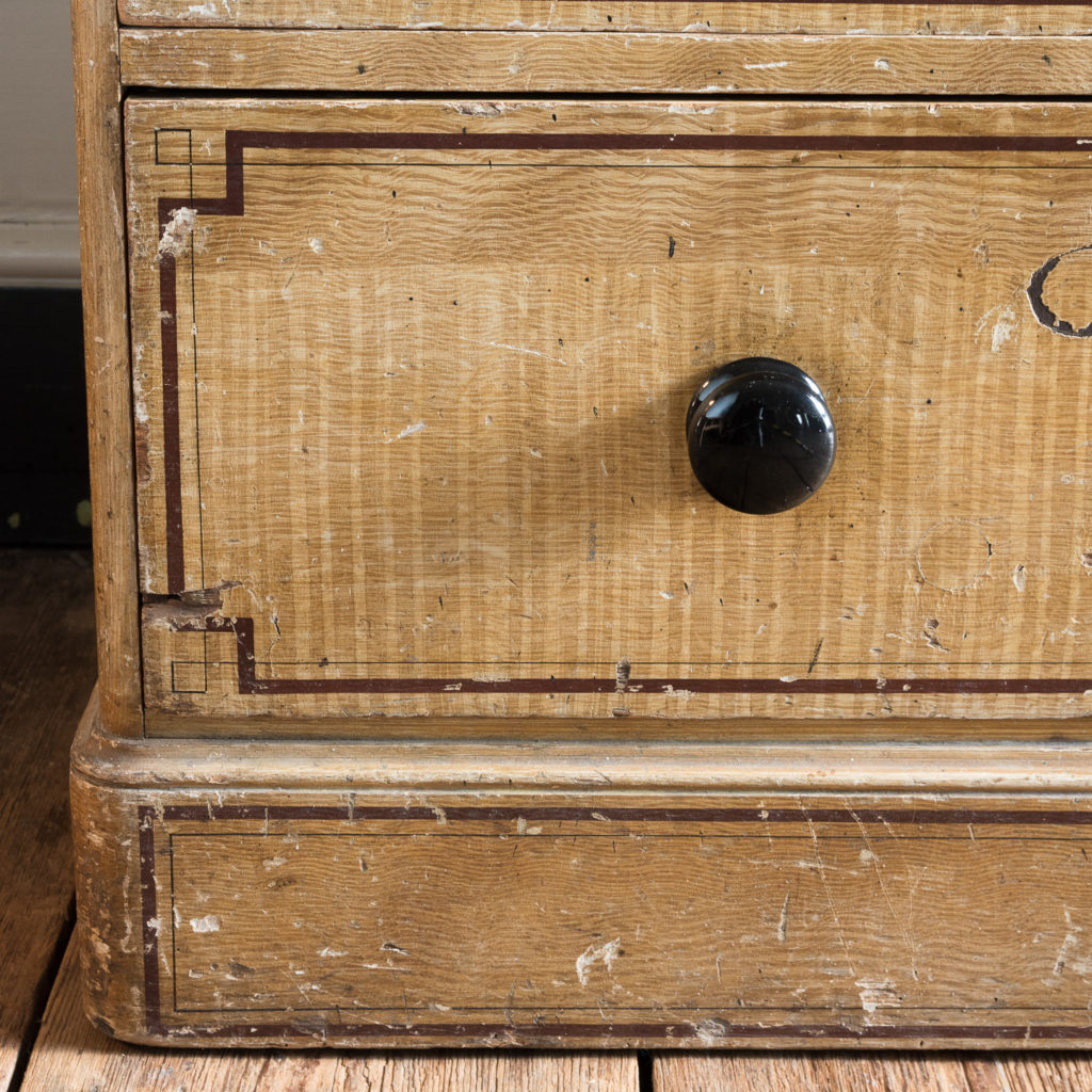 Victorian chest of drawers,-112253