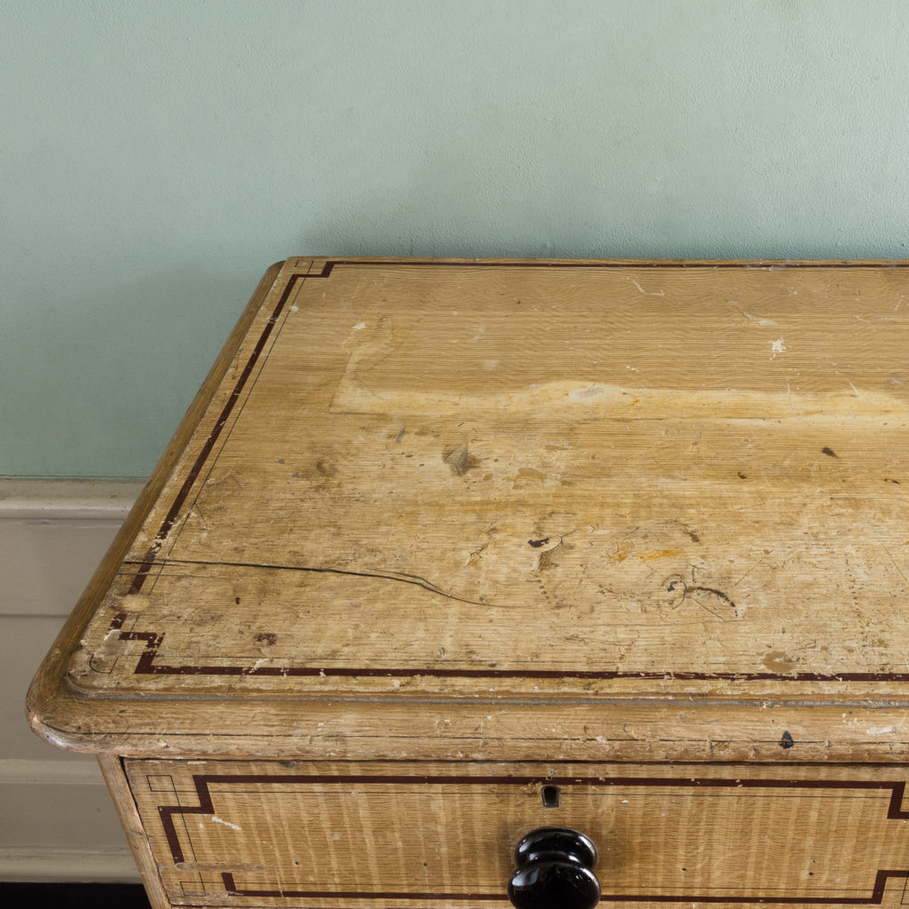 Victorian chest of drawers,-112258