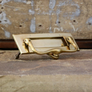 Brass weighted and sprung letterplate,-0