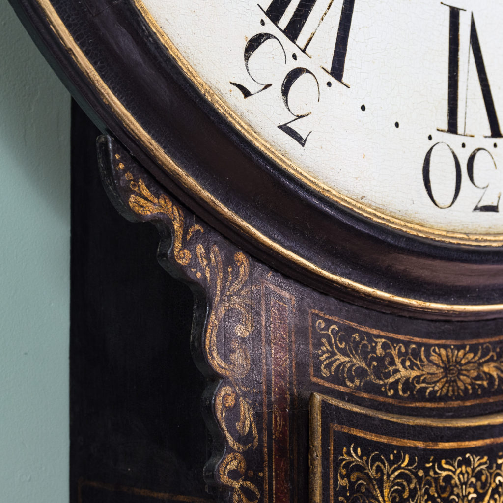 George III japanned tavern clock,-112714