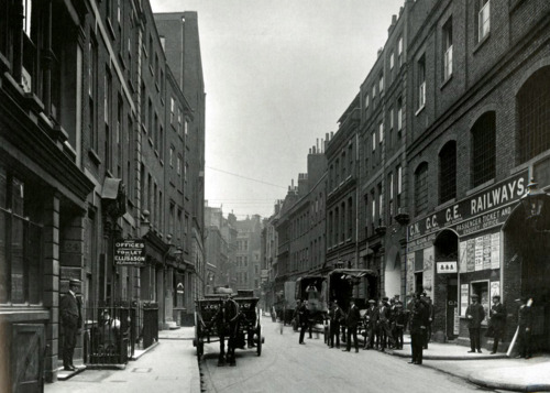 Crutched Friars Looking West, 1912 A.D.