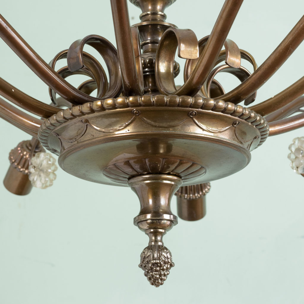 Continental twelve branch bronzed chandelier,-113619