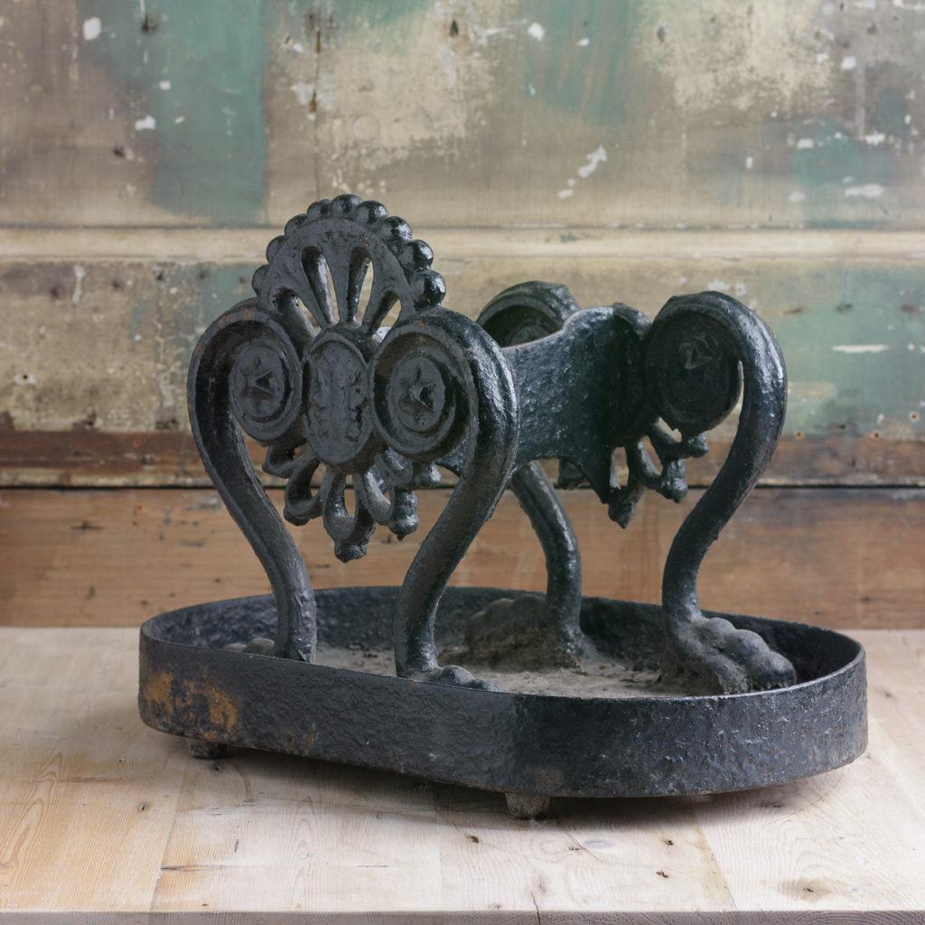 Regency cast iron boot scraper,-114125