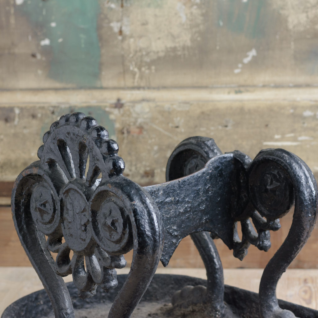 Regency cast iron boot scraper,-114128