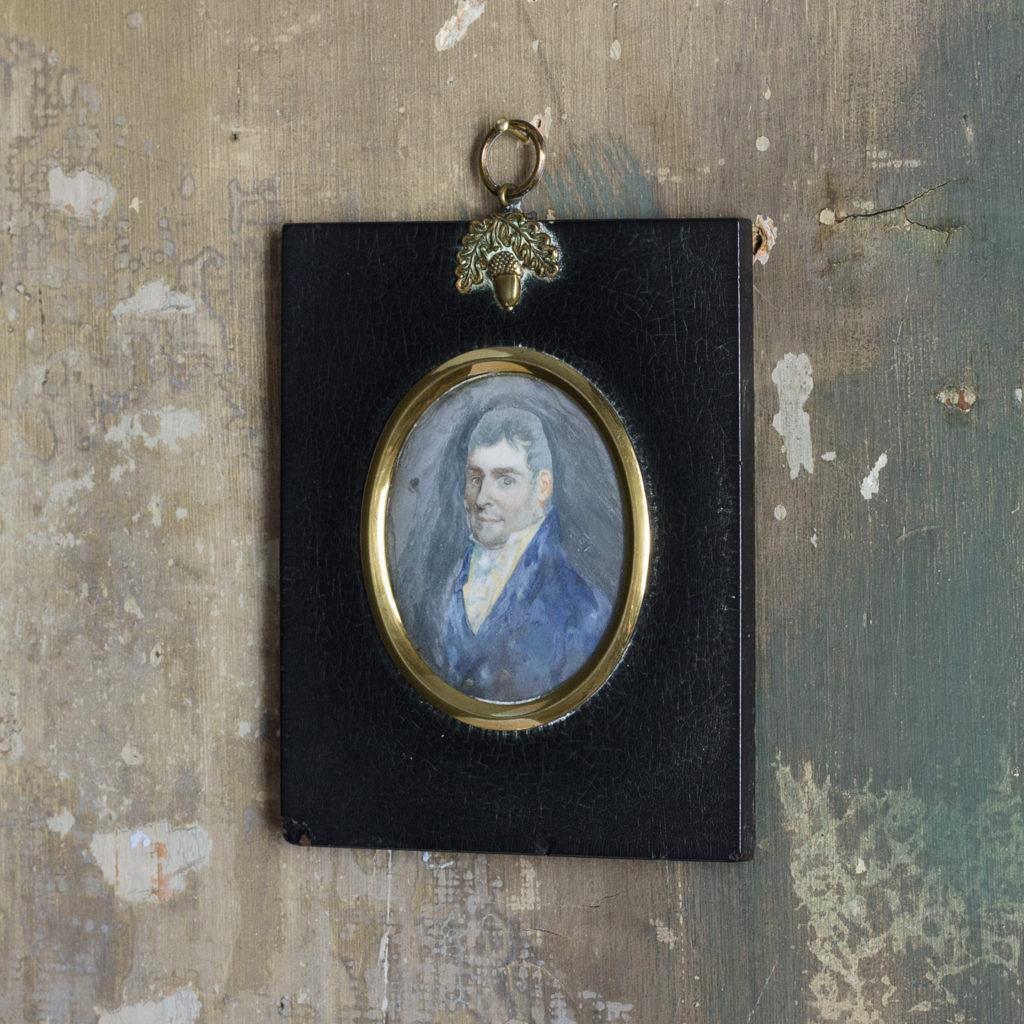 Portrait minature of a gentleman.-113741