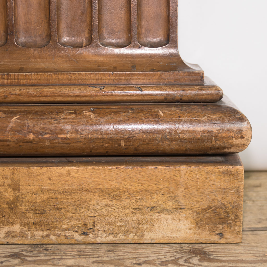 Royal College of Surgeons sapele pilasters,-115004