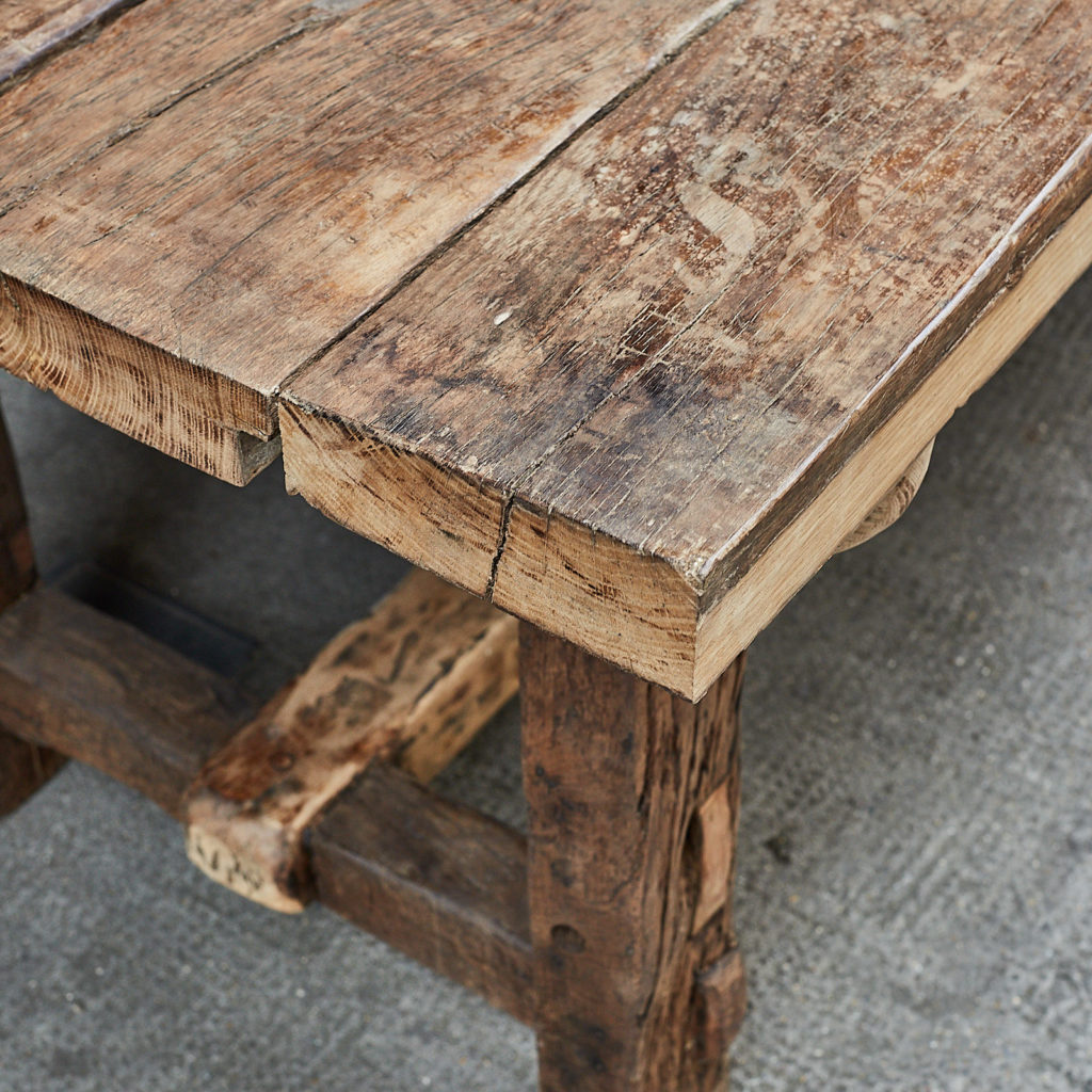 Granary table,-115501