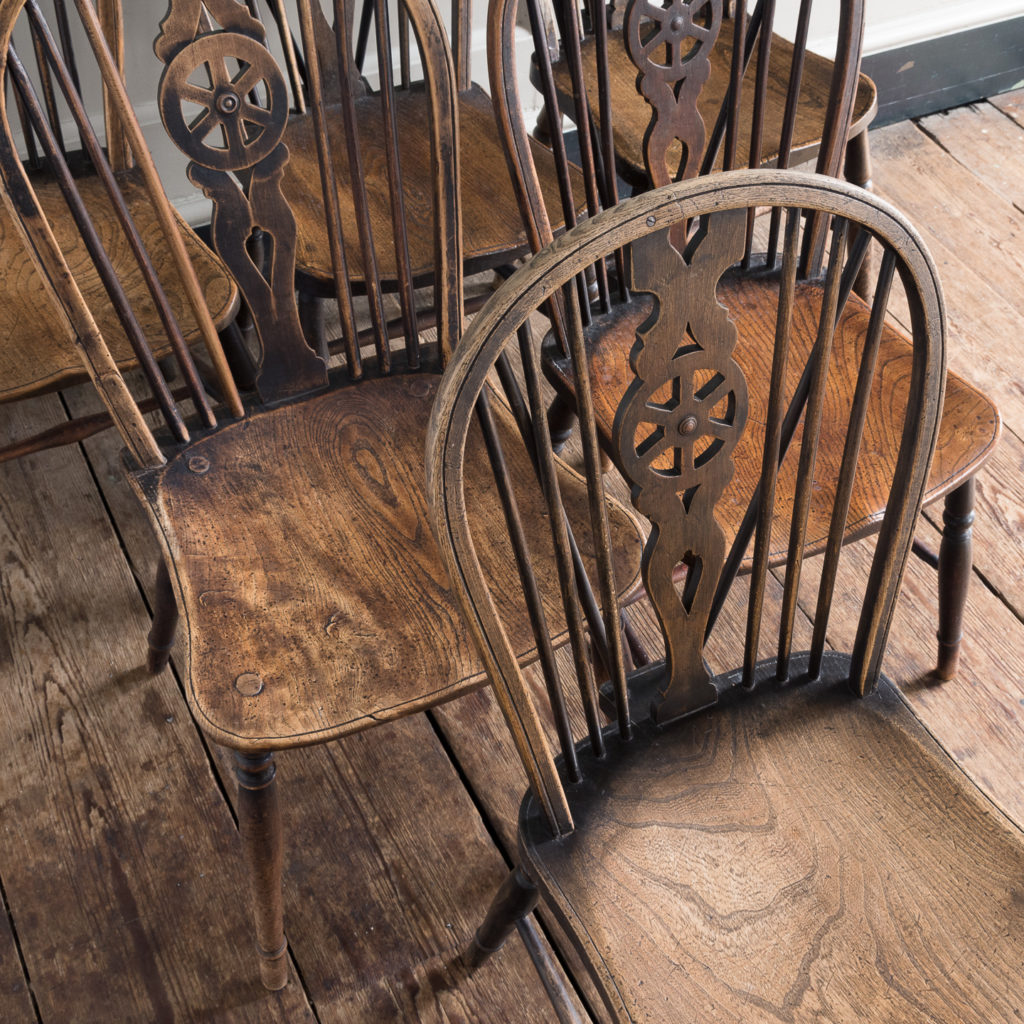 Matched set of six wheel back Windsor chairs,-116738