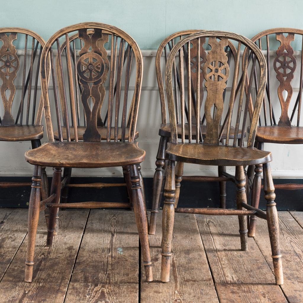 Matched set of six wheel back Windsor chairs,-116744