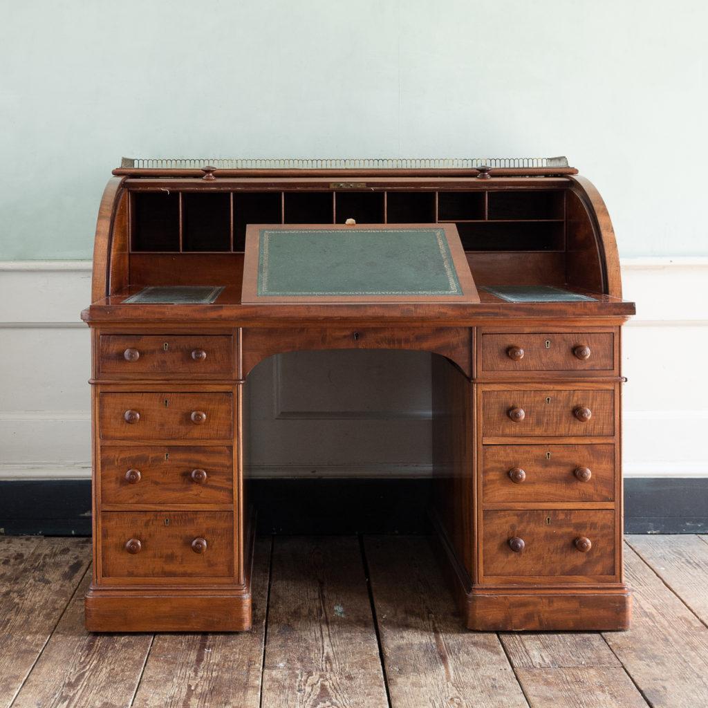 Victorian mahogany cylinder desk,-117702