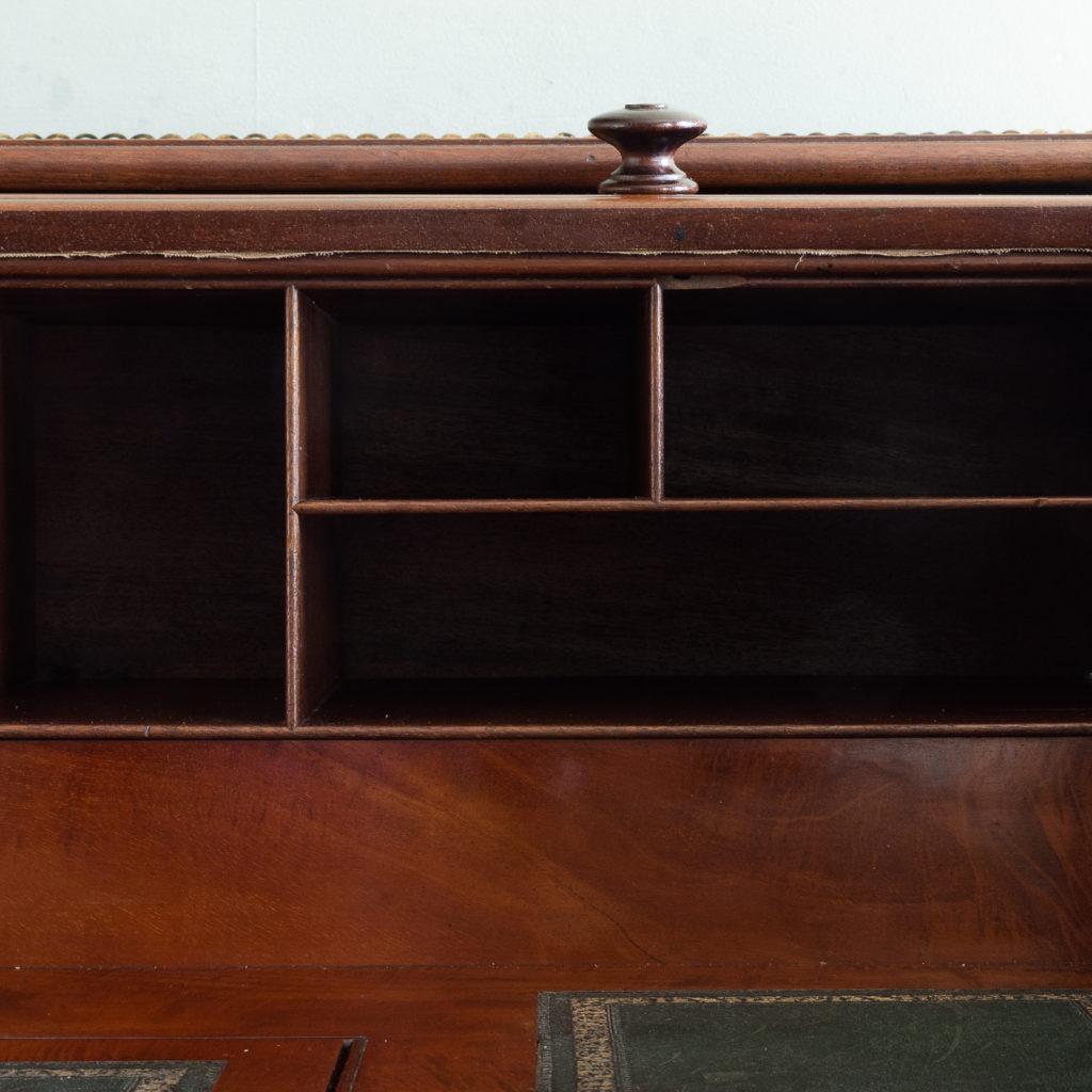 Victorian mahogany cylinder desk,-117712