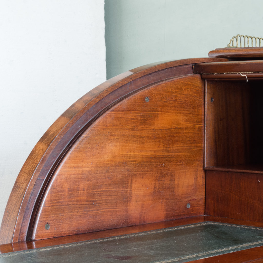 Victorian mahogany cylinder desk,-117715