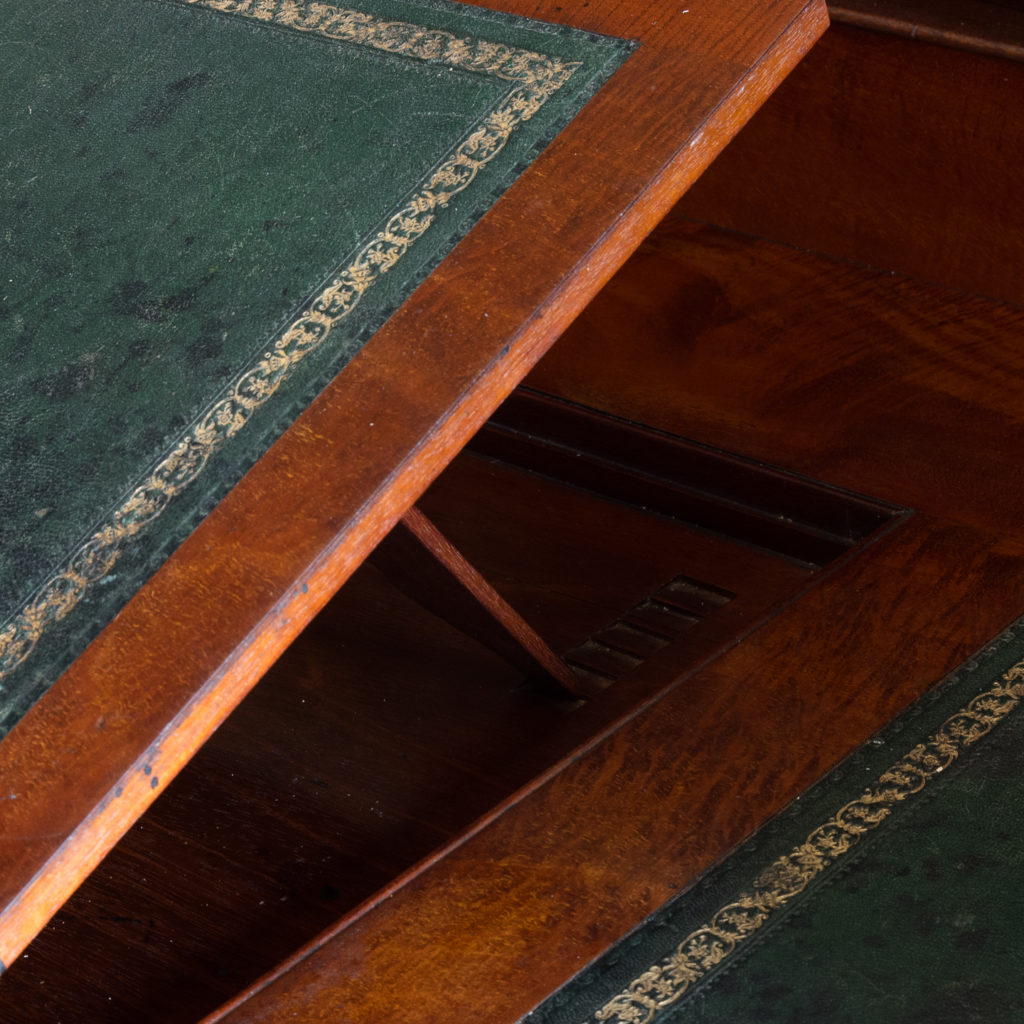 Victorian mahogany cylinder desk,-117707
