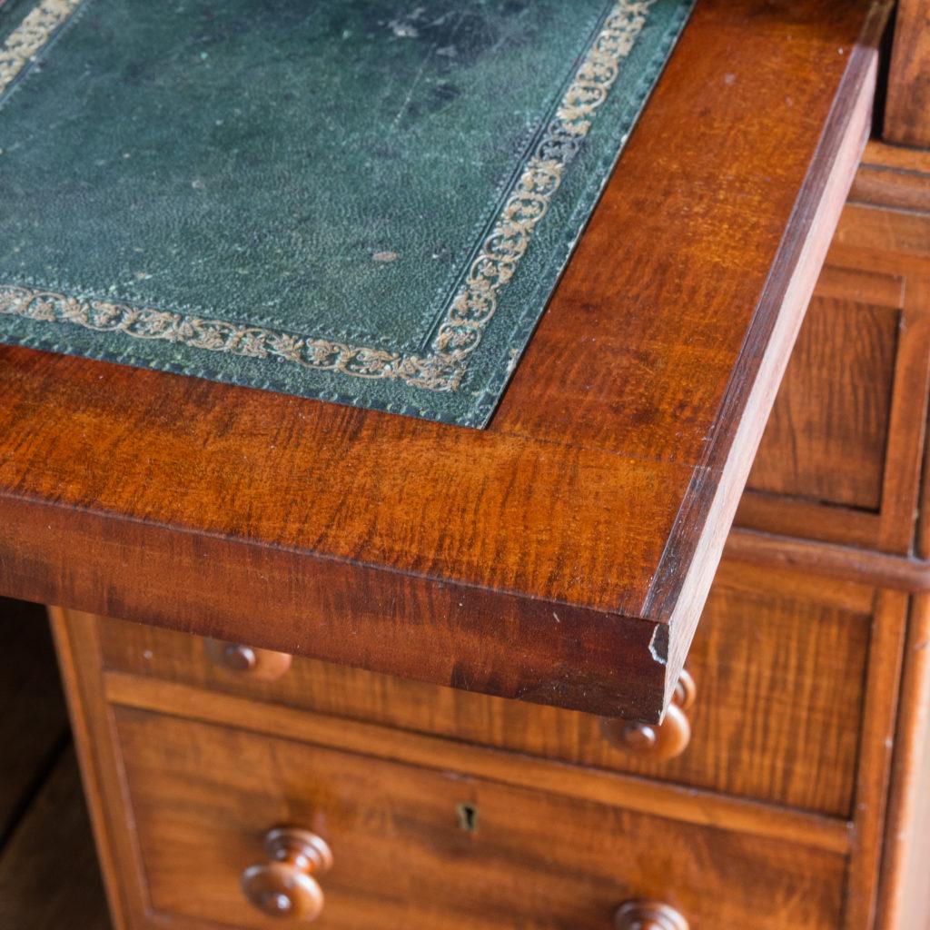 Victorian mahogany cylinder desk,-117700