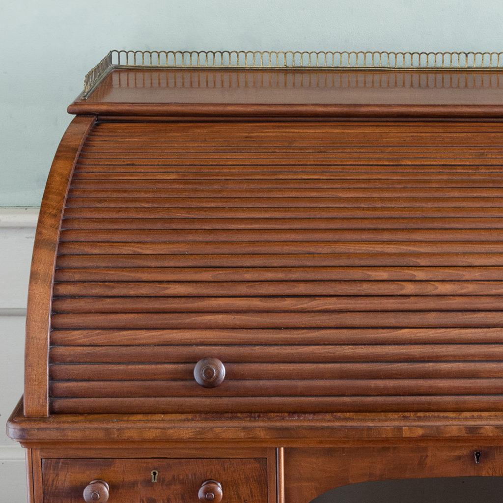 Victorian mahogany cylinder desk,-117703