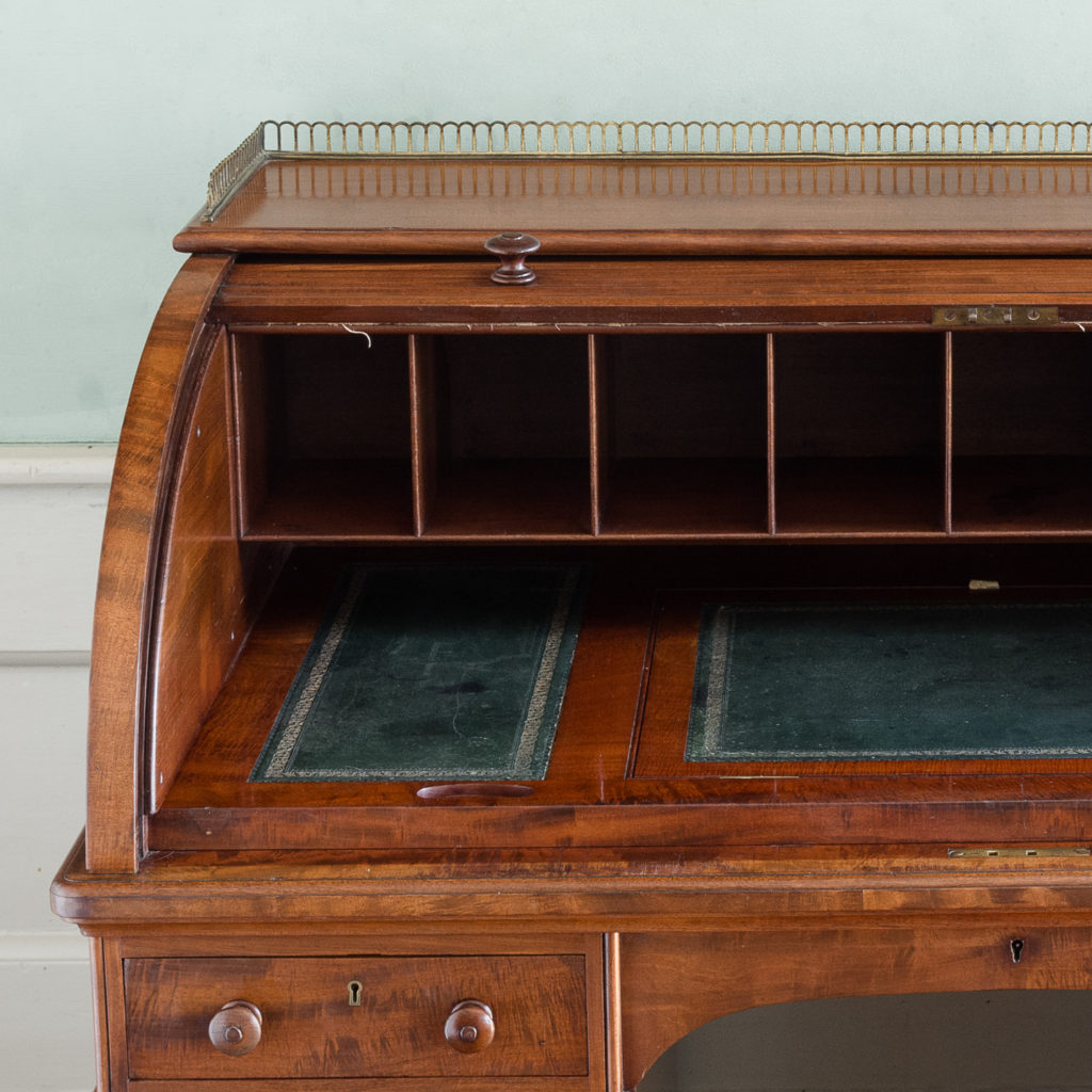 Victorian mahogany cylinder desk,-117698