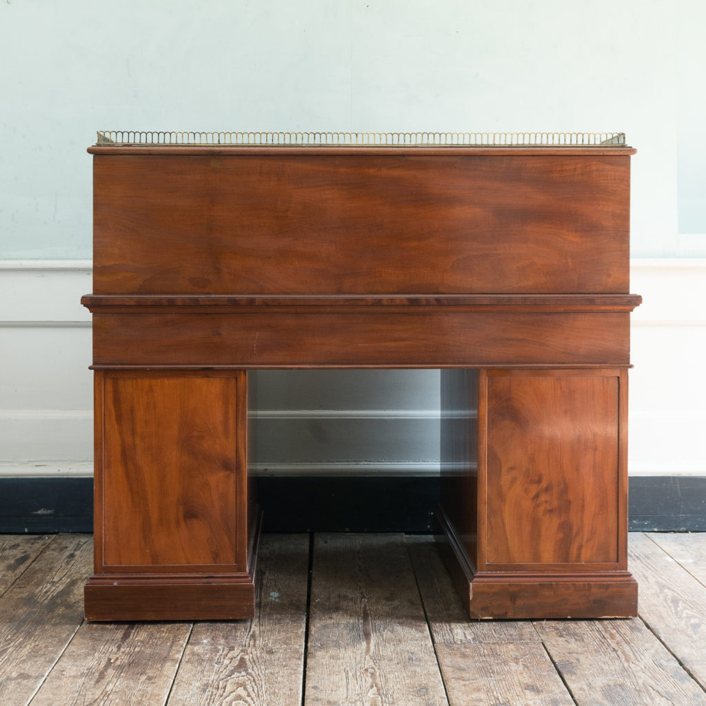 Victorian mahogany cylinder desk,-117723