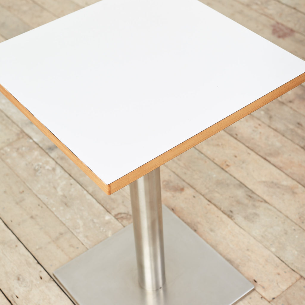 Cafe table,-119711