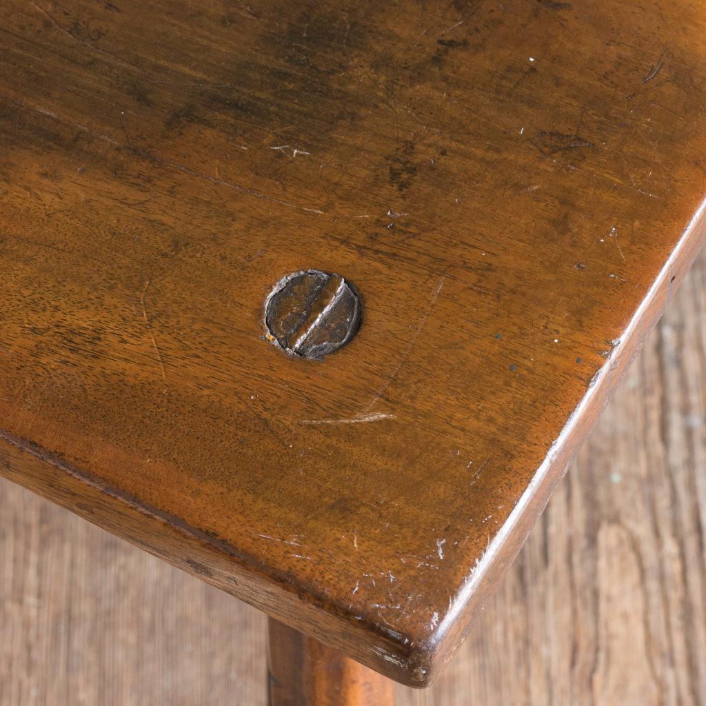 Walnut milking stool,-119530