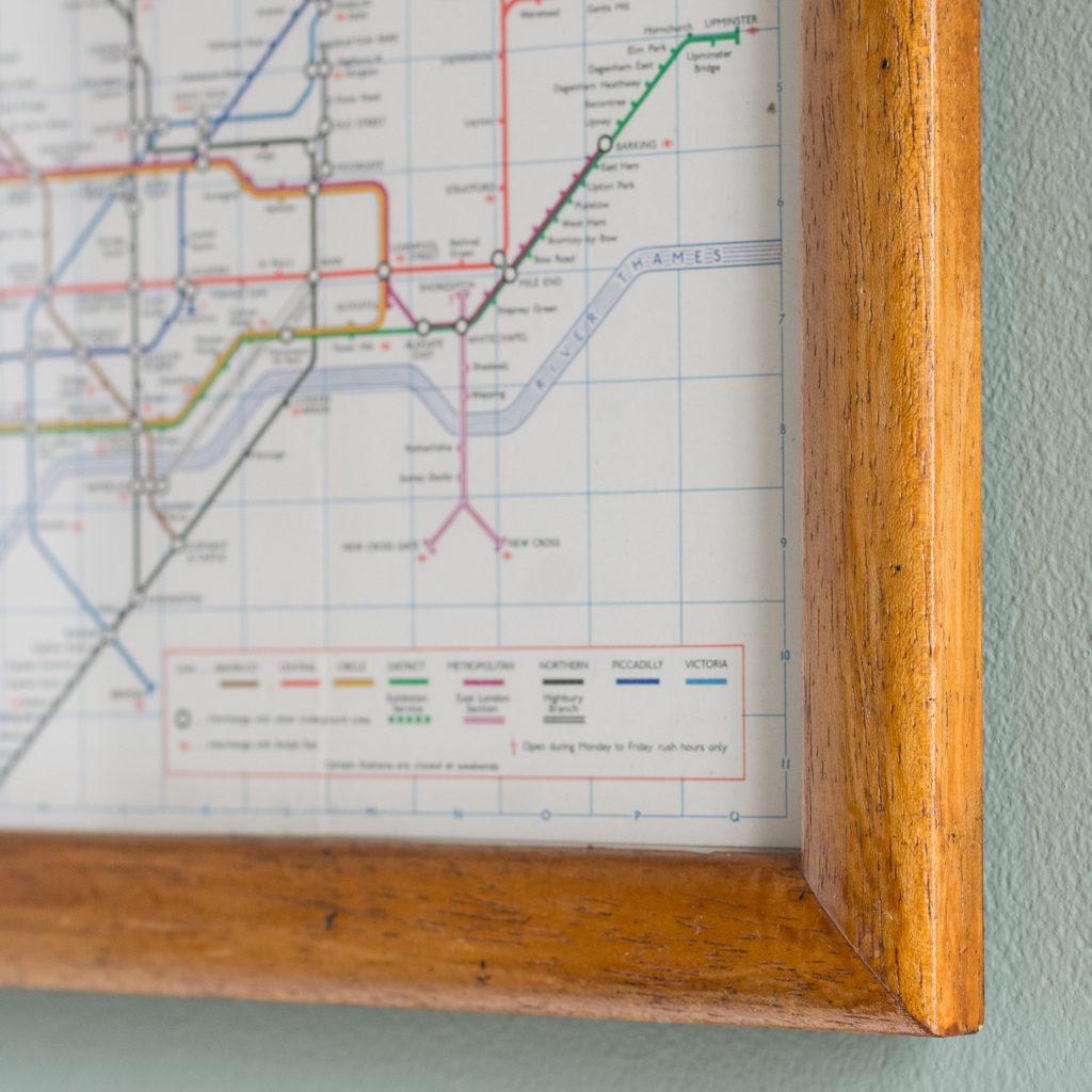 1971 London Underground Transport map,-118815