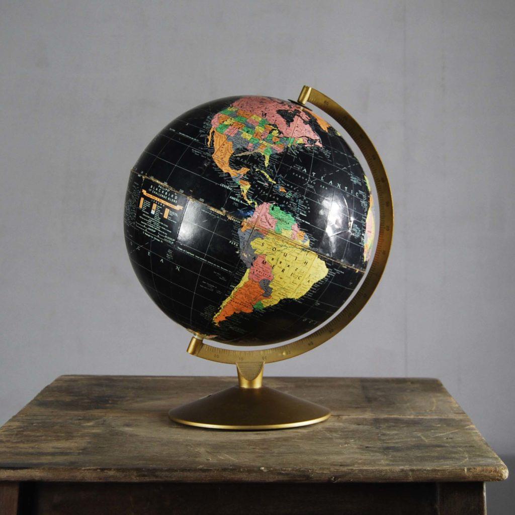 "A Philips' 12"" Blackbird table globe-0"