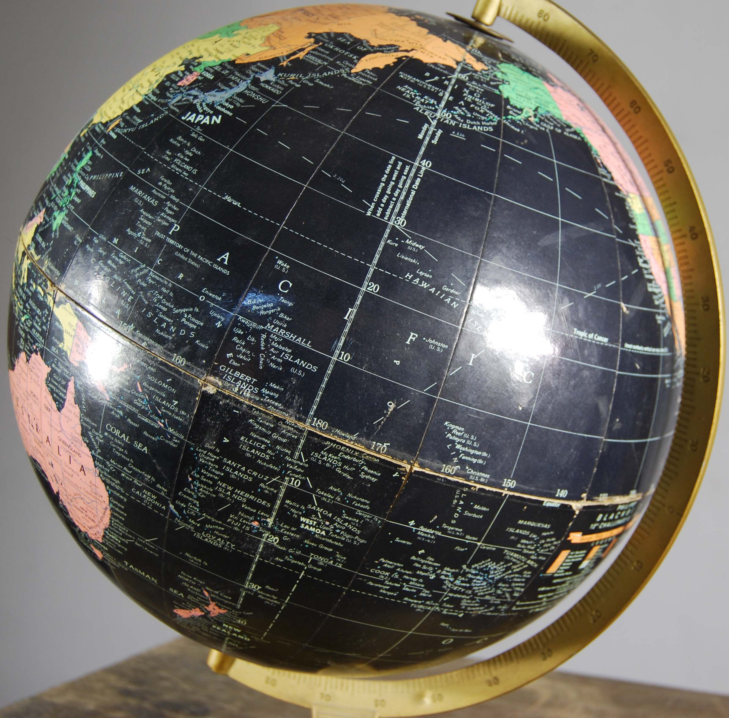 "A Philips' 12"" Blackbird table globe-120831"