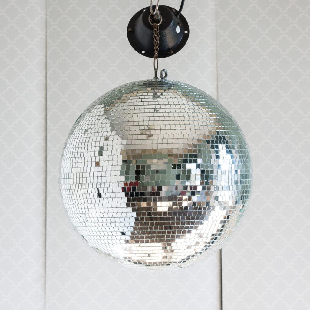 Twentieth century disco ball, -0