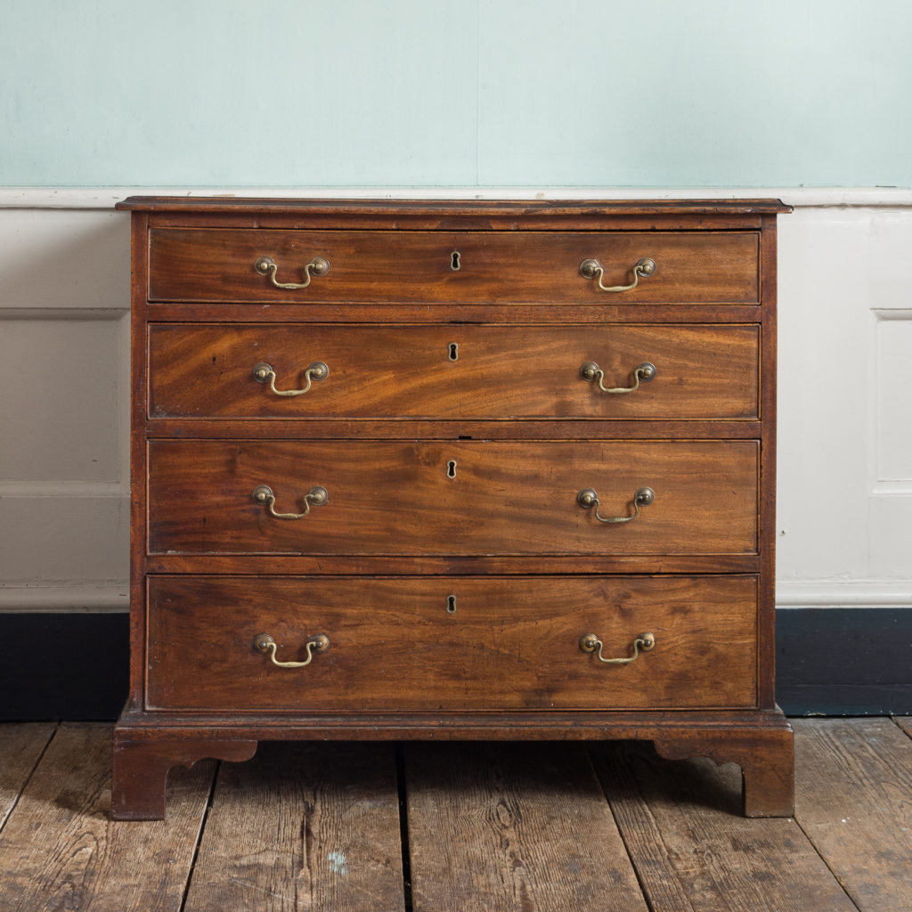 George III diminutive mahogany chest of drawers,-0