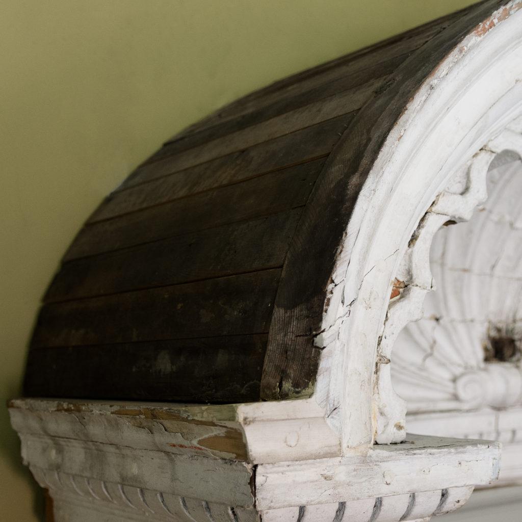 Queen Anne style shell door hood,-120930