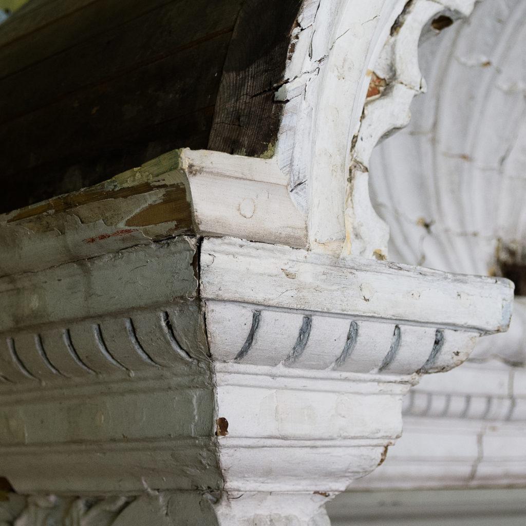 Queen Anne style shell door hood,-120927