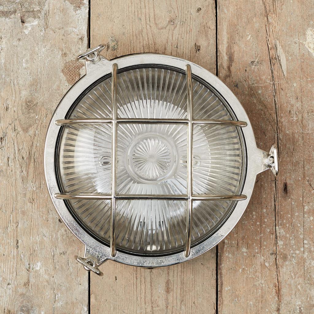 A round polished nickel bulkhead light,-0