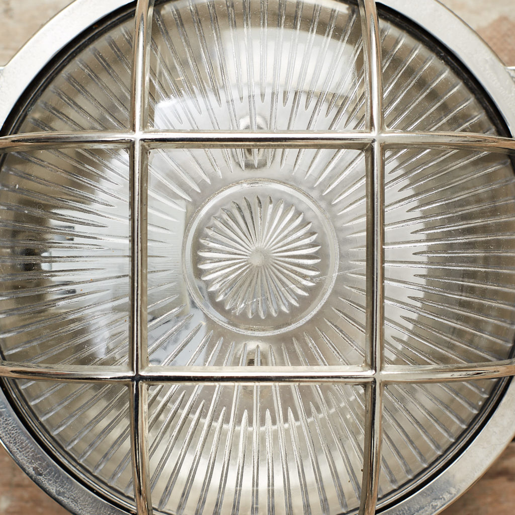 A round polished nickel bulkhead light,-121602