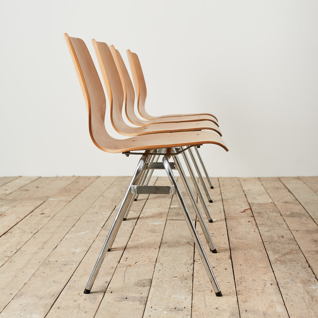 Plywood stacking chair,-121731