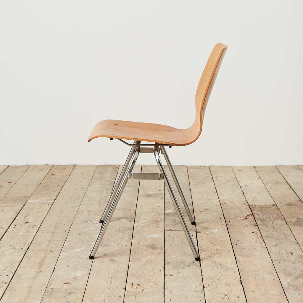 Plywood stacking chair,-121737