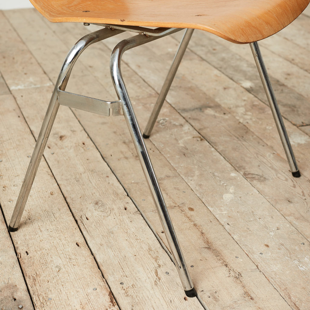 Plywood stacking chair,-121725