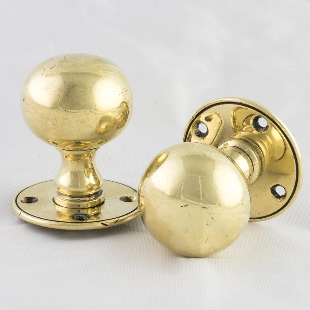 Late Victorian brass door knobs,-123285