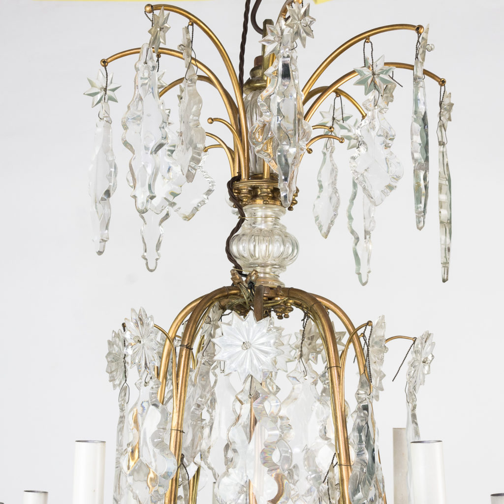 French early twentieth century gilt-metal sixteen light chandelier,-123123