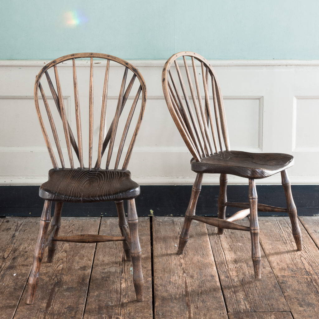 Pair of early nineteenth century Windsor side chairs, -0