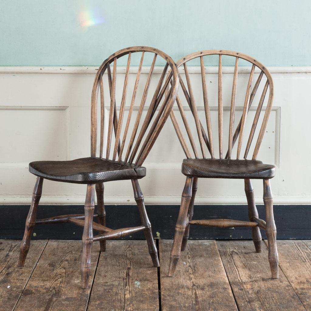 Pair of early nineteenth century Windsor side chairs, -122546