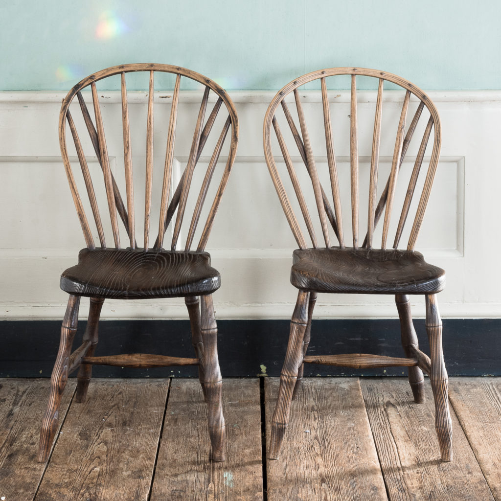 Pair of early nineteenth century Windsor side chairs, -122536