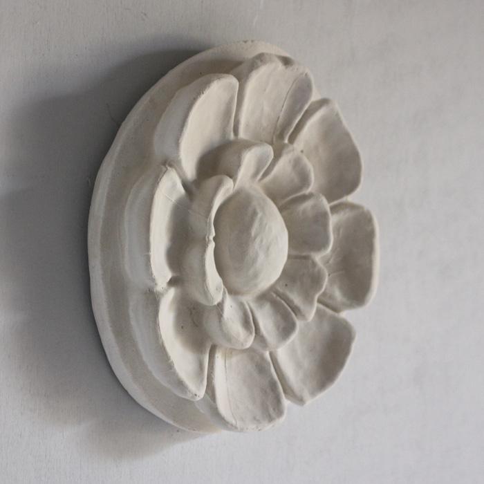 flowerhead roundel